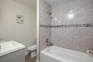 115 W Grove St Westfield NJ-large-026-19-Bathroom-1500x1000-72dpi