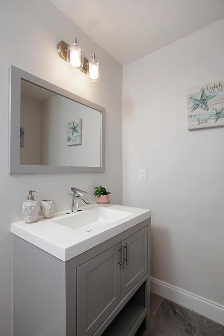 115 W Grove St Westfield NJ-large-027-24-Bathroom-667x1000-72dpi